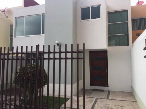 Casa En Renta El Campanario, Santiago Momoxpan