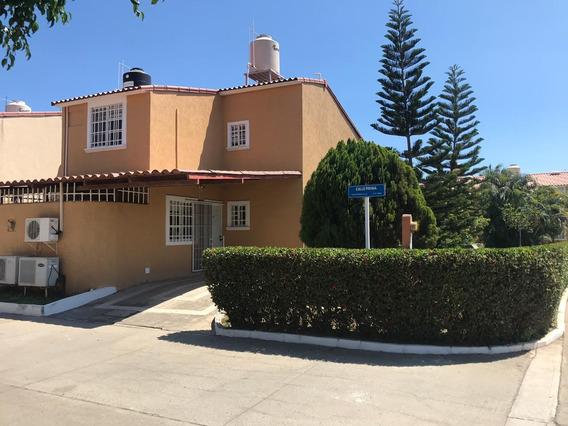 Excelente Oportunidad De Casa En Venta En Joyas Ixtapa!!