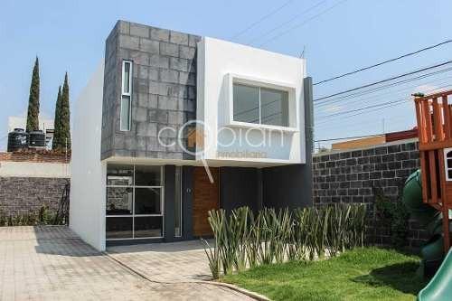 Casa Nueva En Fraccionamiento En Granjas Puebla, Zona Sur