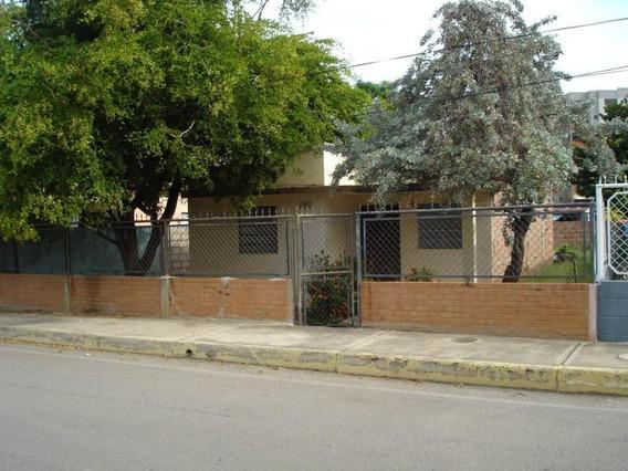 Terreno En Venta. Los Olivos. Mls 19-5390.