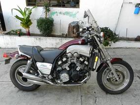Motocicleta Mca. Yamaha, Mod. Vmax