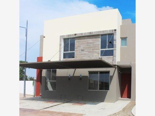 Casa Sola En Venta Residencial Altozano Prototipo Colibrí Plus