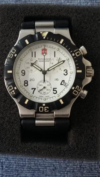 Lote 7 Relógios Victorinox/tissot/ck/swatch/2fóssil/diesel