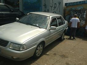 Volkswagen Santana 2.0 4p 2004