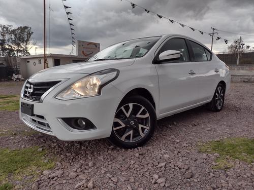 Imagen 1 de 14 de Nissan Versa 2018 1.6 Exclusive Navi At