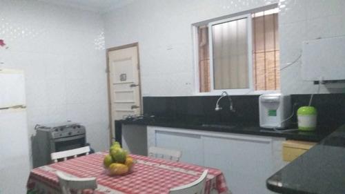 Imagem 1 de 14 de Casa 2 Dormitórios 1 Suíte - Vila Caiçara - Am46