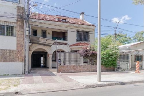 Venta Hermosa Casa De Epoca En El Prado 4 Dormitorios