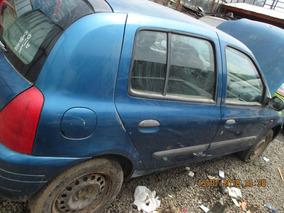 Renault Clio 2001-2003 En Desarme