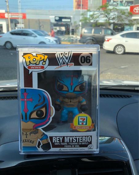 Funko Pop Rey Mysterio + Protector + Envío