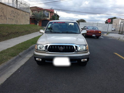 Toyota Tacoma Pick Up 4x2