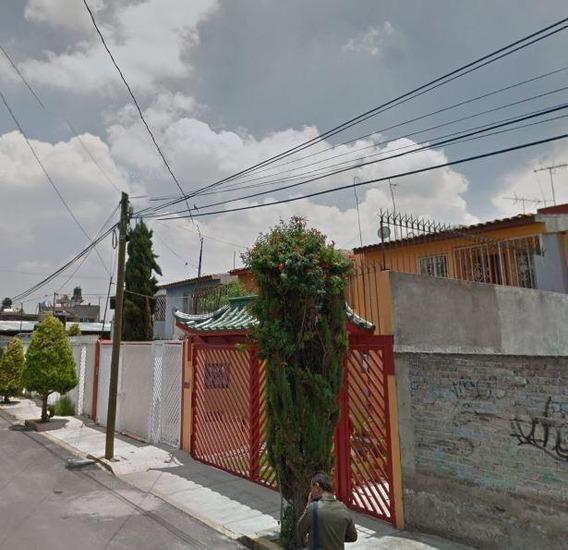 Casa De Remate Bancario. Miguel Hidalgo, Tlahuac.