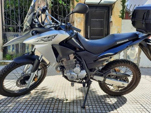 Honda Xre 300. Inmaculada,
