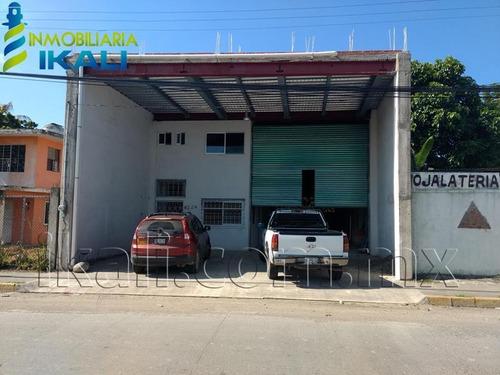 Imagen 1 de 12 de Bodega Comercial En Renta La Calzada