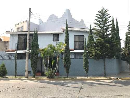 Casa Venta Jardines De La Cruz.