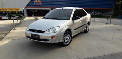 Focus Sedan 2001 Em Perfeito Estado Completo