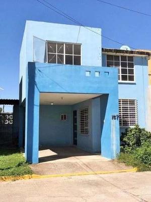 Venta De Casa En Altamira Tam. Fracc. El Campanario