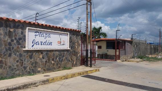 Casa En Venta Plaza Jardin 19-634rhb
