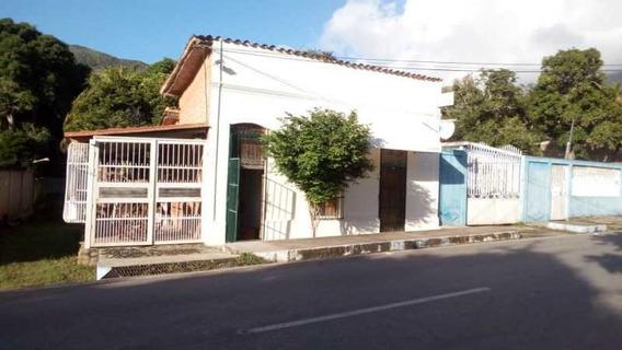 Casa Con Local Comercial En Vía Principal A El Valle