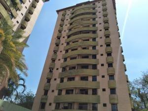 Apartamento En Venta El Bosque Código 20-9691 Polo