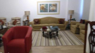 Apartamento Com Duas Salas E Três Quartos E 2 Garagens