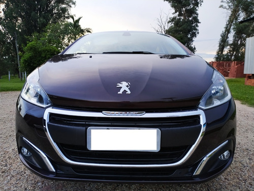 Imagem 1 de 9 de Peugeot 208 Griffe 1.6 16v Flex. Aut. 2016/2017