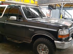 Ford Bronco Custon Xlt