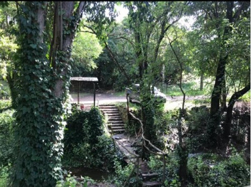 Casa De Campo Con Arroyo, Pileta Y Parque. El Pueblito