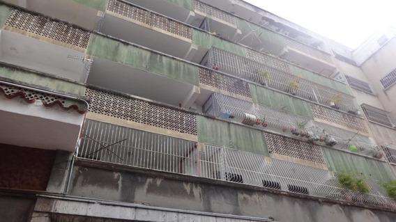 Apartamento En Venta La Candelaria , Caracas Mls #19-15746