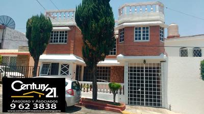 Excelente Casa En Venta Que Consta De Dos Departamentos. Lomas De Loreto. Calle General Jose Maria D