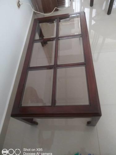 Imagen 1 de 3 de Mesa De Centro En Madera Y Vidrio Biselado