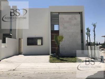 Renta Casas Amuebladas Villas Del Mesón Juriquilla Querétaro. Aa