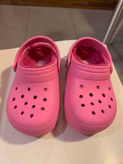 Crocs De Nena Con Peluchito , Color Rosa, Talle C9