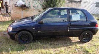 Carro Peugeot 106 Selection Para Retirada De Peças