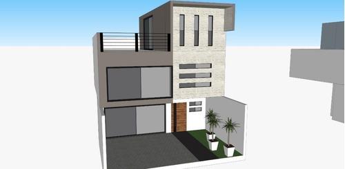 Se Vende Preciosa Casa En Milenio, 4 Recamaras, Una En Pb, Jardín, Doble Altura