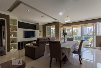 Apartamento No 7º Andar Com 2 Dormitórios E 2 Garagens - Id: 892930971 - 230971