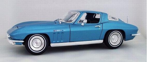 Maisto 1965 Corvette 1/18