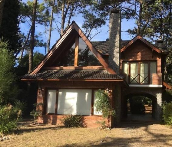 Excelente Casa En Lugar Estratégico De Maqr De Las Pampas