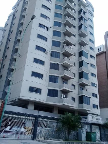 Apartamento En Venta En Base Aragua 04243050970