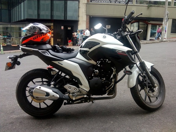 Yamaha Fz 25 Color Blanco/negro