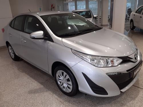 Toyota Yaris 1.5 107cv Xs Sedan Anticipo Y Saldo En Cuotas