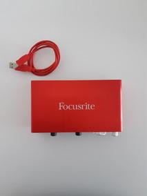 Focusrite Scarlett 2i2 - 2a Geração - Interface - Usado