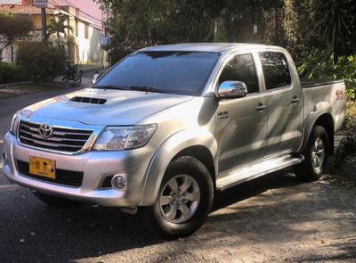 Toyota Hilux Srv 3.0 Automatica 2014