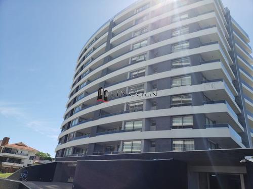 Oportunidad - Venta - Aidy Grill - Torre De Categoria - 2 Dormitorios Y Dependencia - Ref: 312