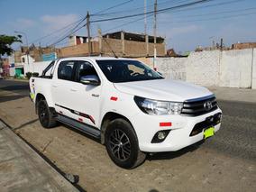 Toyota Hilux 2017 Full 35000 Km
