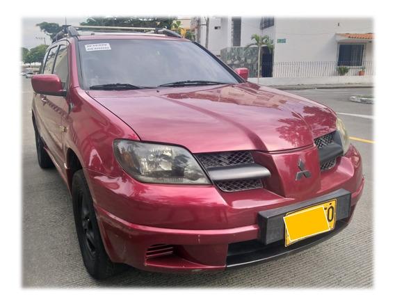 Oportunidad Mitsubishi Outlander 4x4 Modelo 2004.