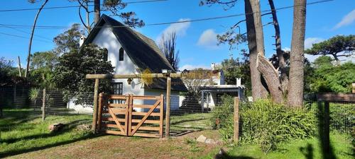 Casa En Rincon Del Indio- Ref: 2945