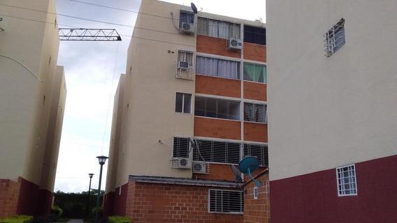 Apartamento En Venta Parque Los Samanes Coropo Dp 20-5456