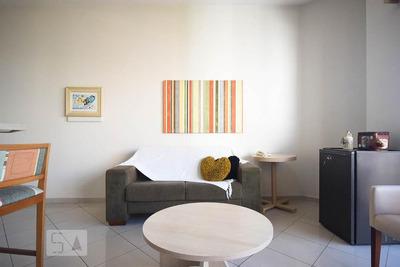 Apartamento No 13º Andar Mobiliado Com 1 Dormitório E 1 Garagem - Id: 892896832 - 196832
