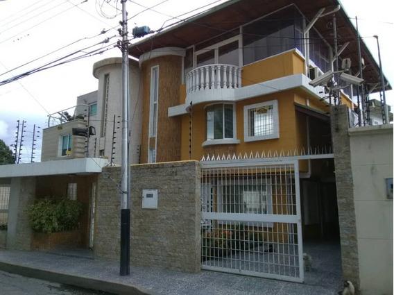 Venta Quinta En Andres Bello.. Luis Uzcategui - 04243366292