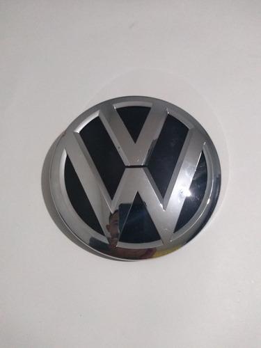 Imagen 1 de 2 de Emblema De Parrilla Para Tiguan Volkswagen 2016 Al 2018